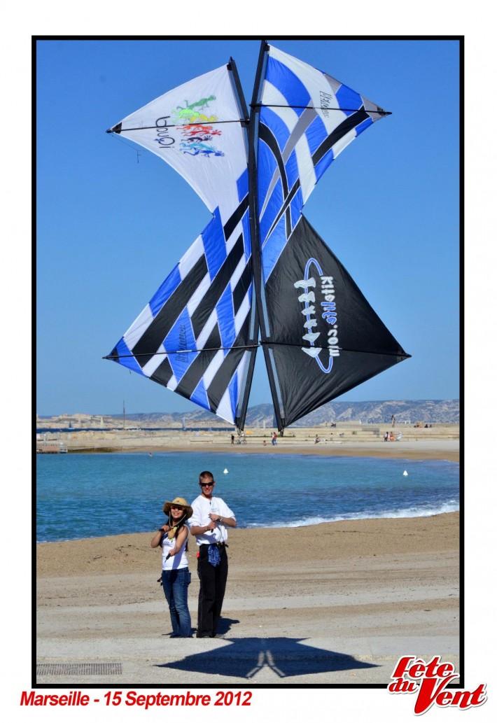 2012 Marseille - Kite Kiss (photo by Fete du vent Marseille)